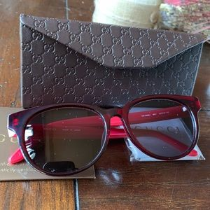Authentic Gucci 52m Round cat eyes sunglasses